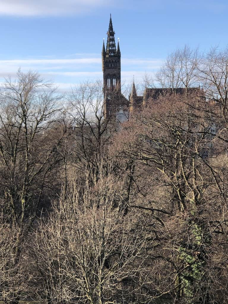 short term rental close to things to see in Glasgow